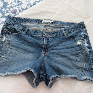 Torrid Studded Jean Shorts size 24
